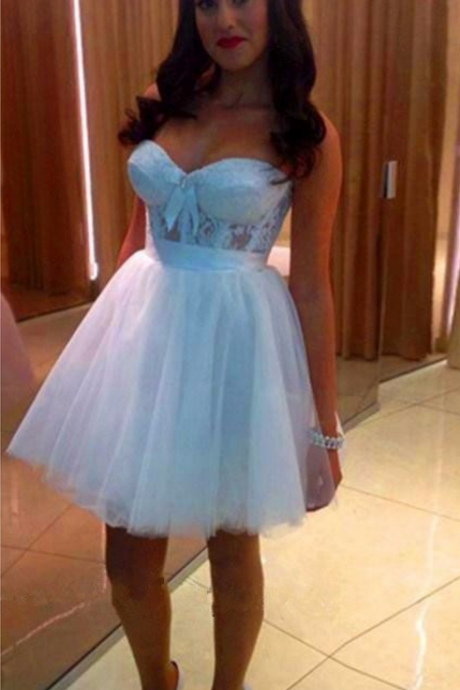 Sweetheart Strapless Mini Illusion Homecoming Dress With Lace Bodice, Short Prom Dress